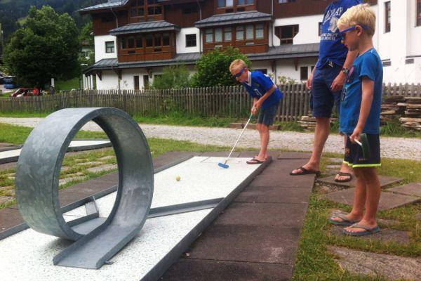 de minigolfbaan in Flachau