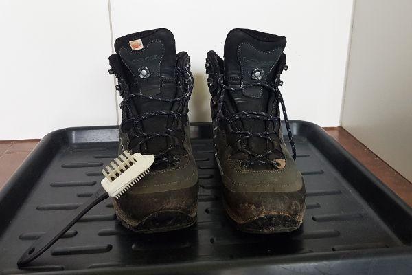 onderhoud van wandelschoenen