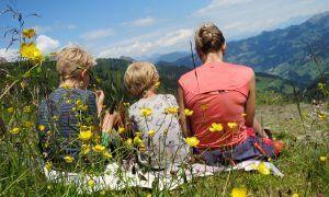De beste manieren om vermoeide kinderen op te peppen