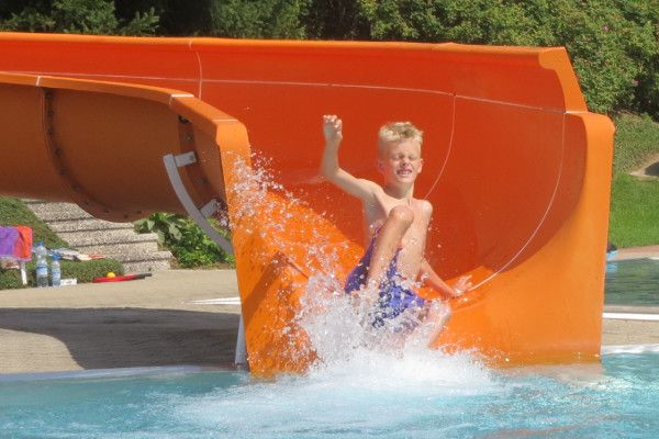 zwembad radstadt - lekker glijden