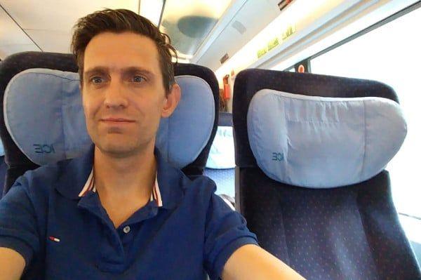 Frank in de trein naar Oostenrijk