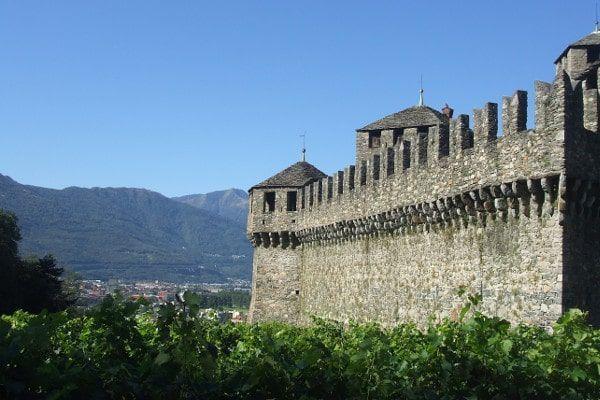 Hotel op de route onderweg naar Italie overnachten in Bellinzona