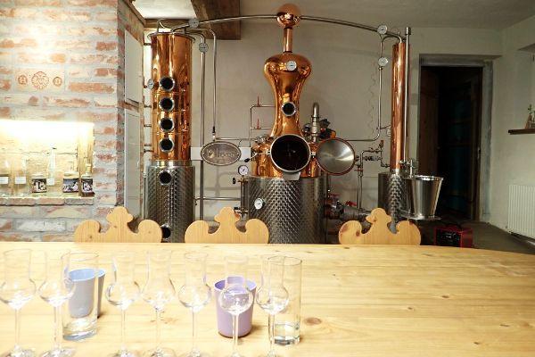 schnaps destilleerderij Lackner het destillatieproces