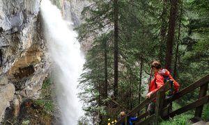 'Alles Alm': familie wandeling naar de Johannes waterval in Obertauern