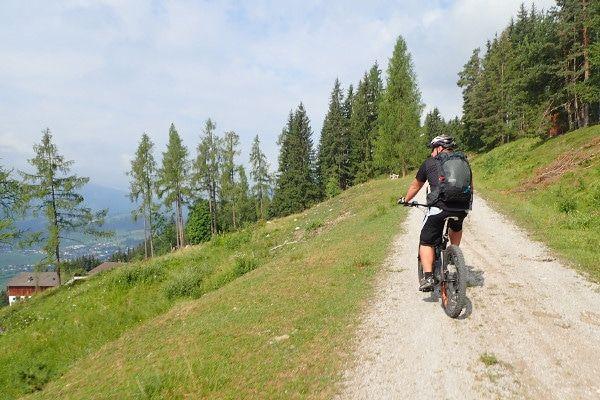 Met een e-bike door Oostenrijk is sportiever dan je denkt.
