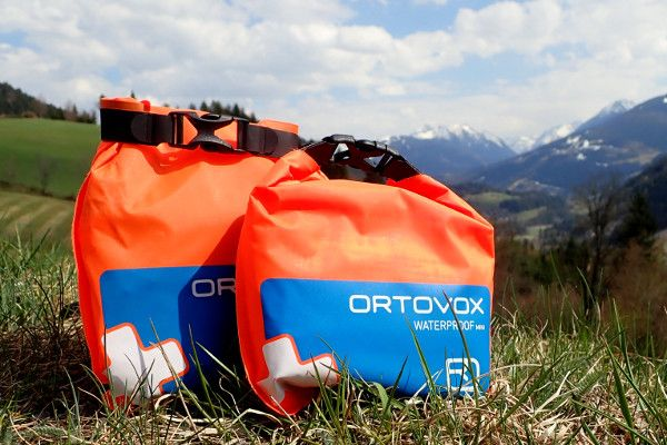 Review Ortovox mini EHBO set