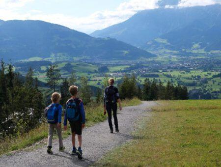 Familie wandeling rondom Natrun in Maria Alm