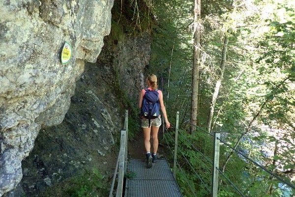 wandelen in de kloof in alpbachtal